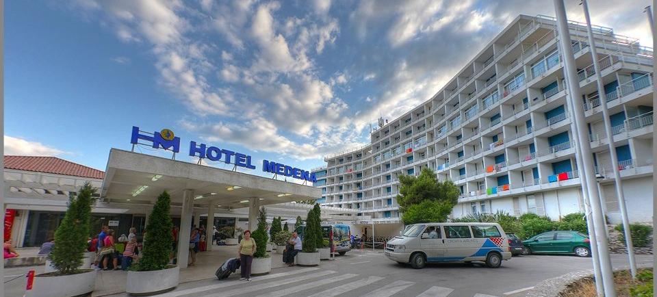 FOTO: Otvoren luksuzno uređen bazen Hotela Medena