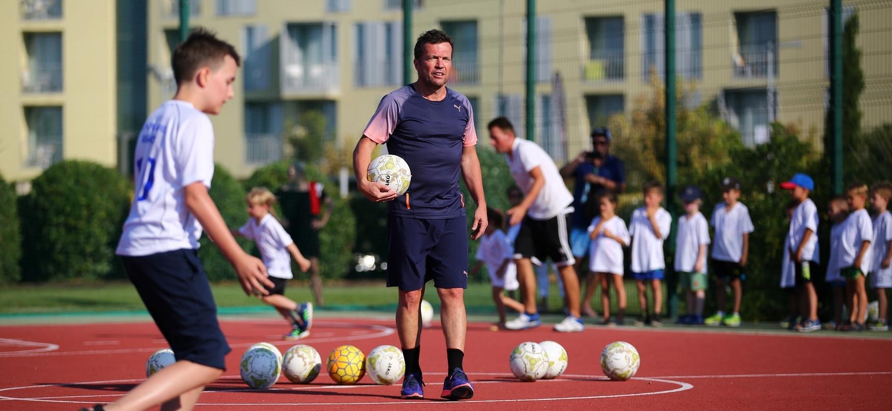 FOTO: Sportska legenda Lothar Matthäus stiže u Punta Skalu