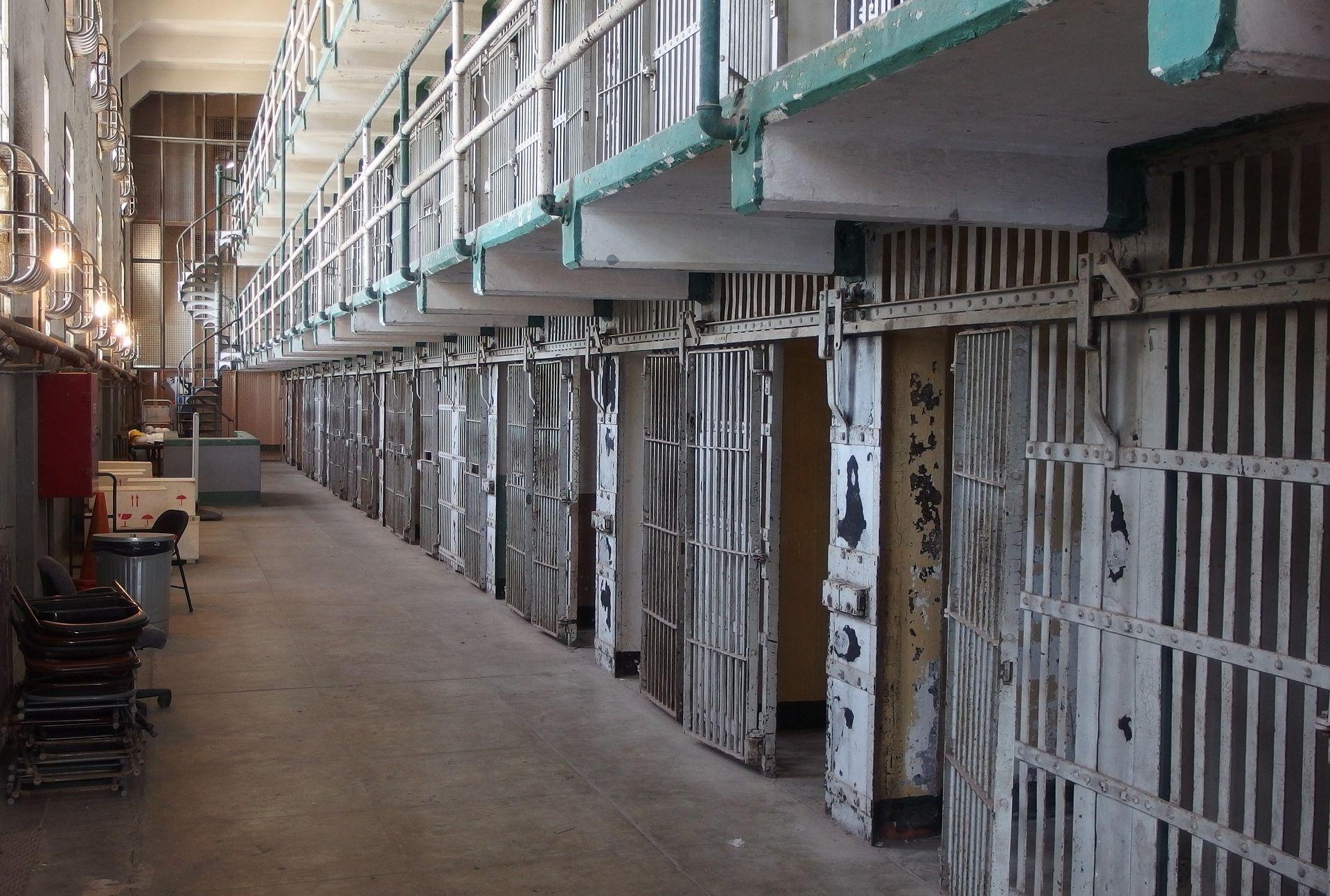 Suosnivač DarkWeb platforme za prodaju oružja i droge pronađen mrtav u zatvorskoj ćeliji