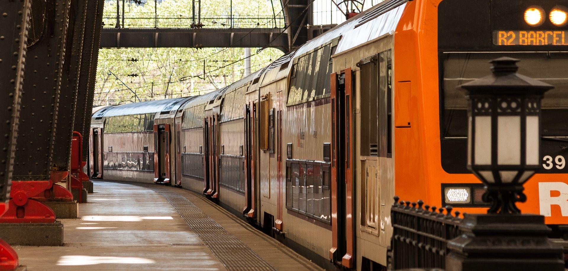BARCELONA Vlak se zabio u platformu na stanici, najmanje 48 ozlijeđenih