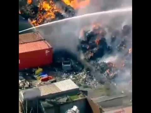 VIDEO: AUSTRALIJA Zbog požara u reciklažnom pogonu evakuirano stanovništvo Melbournea