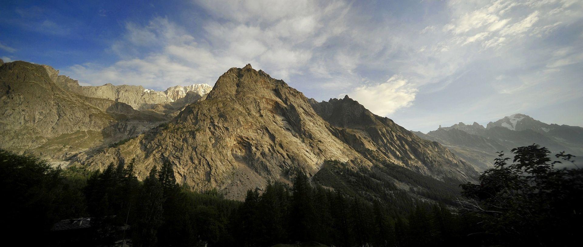 MONT BLANC Poginuo austrijski alpinist