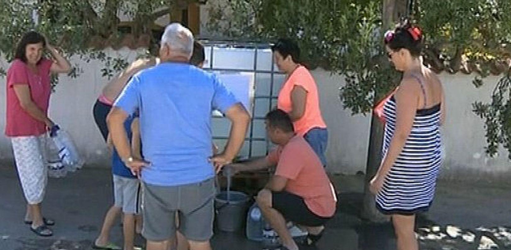VIDEO: ŠPICA SEZONE Dio Vodica tri dana bez vode!