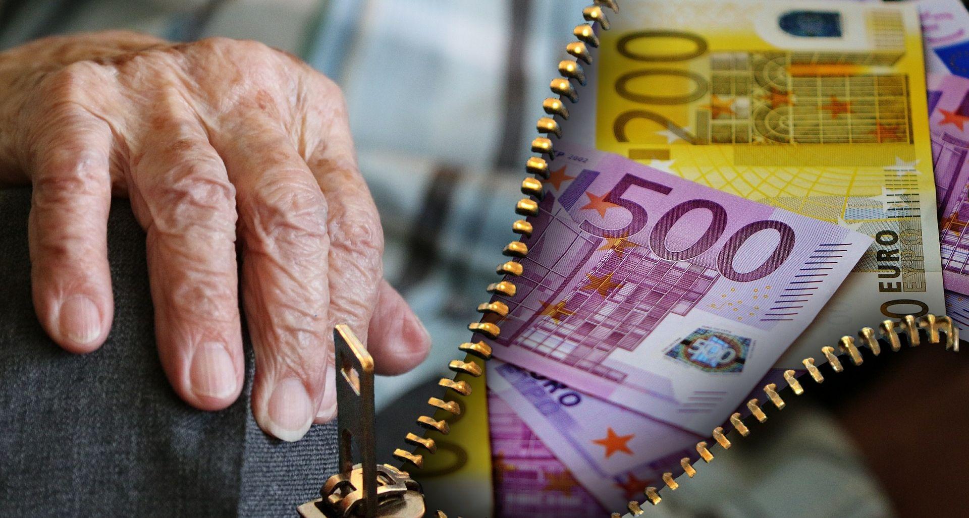 PREDAVANJE Zagrebačka policija upozorila starije građane na sve brojnije prevarante