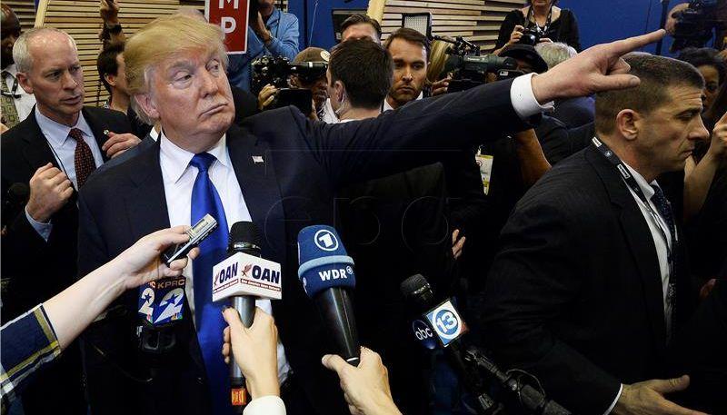 Trump objavio video na kojem 'premlaćuje' CNN
