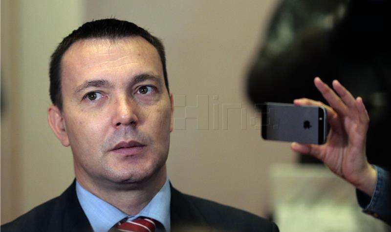BAUK 'SDP ustrajan – bez dogovora o istražnom povjerenstvu nema glasanja o ustavnim sucima'