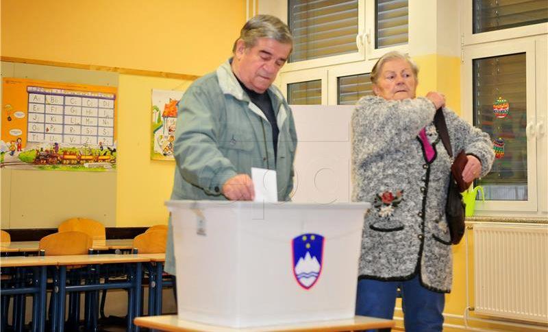 Slovenskoj vladi nakon arbitražne odluke raste popularnost