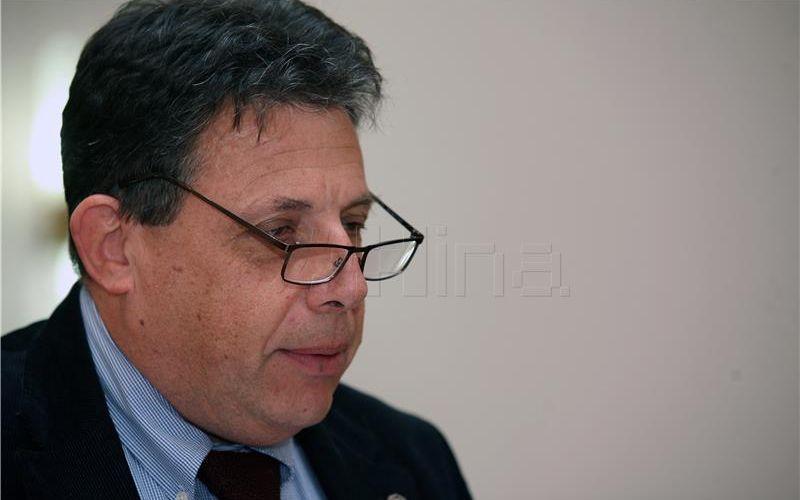 Grabar-Kitarović predložila Sessu za predsjednika Vrhovnog suda