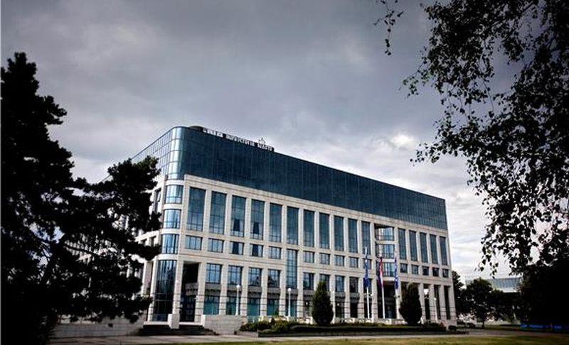 Vlada u kontaktu s EK-om s ciljem pronalaženja rješenja glede Zakona o INA-i