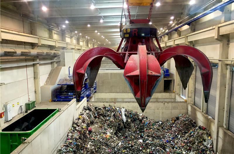 KRIZNI EKO STOŽER MARIŠĆINA 'Sramotni krah sustava za gospodarenje otpadom na riječki način'