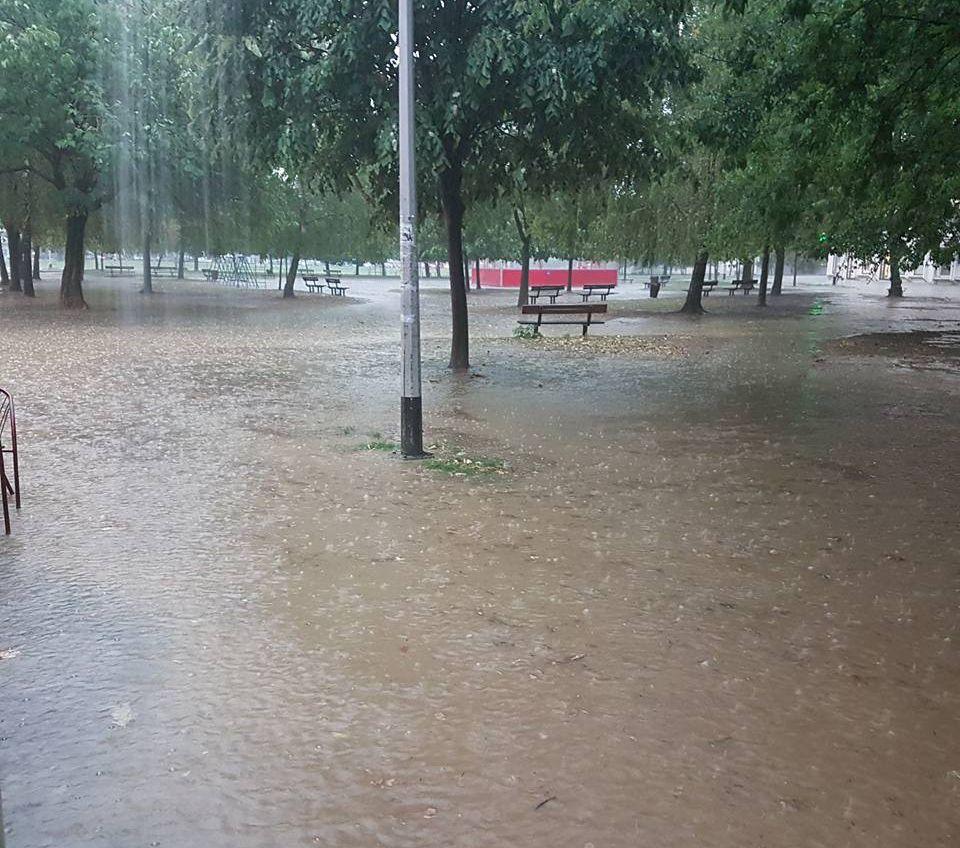 NEVRIJEME U ZAGREBU Vatrogasci mole građane da ih zovu samo u krajnjoj nuždi
