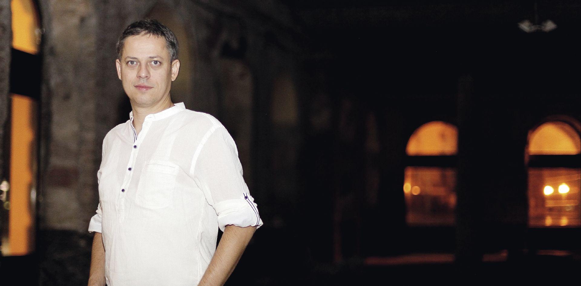 INTERVIEW: BOJAN VULETIĆ 'Rat je tragedija kojom su se okoristili kriminalci i političari'
