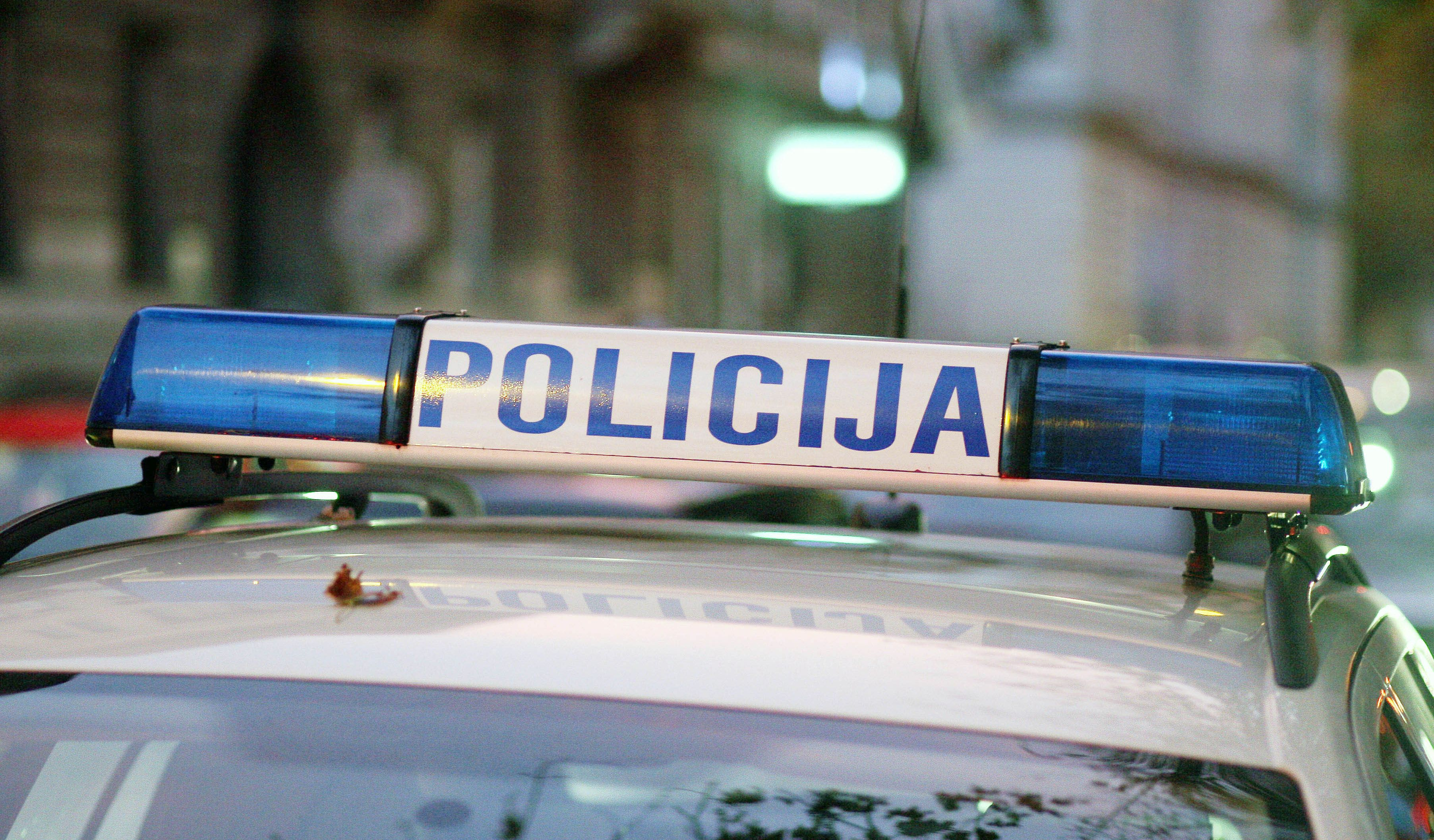 Teško ozlijeđen nakon što se motociklom zabio u Fiat Punto