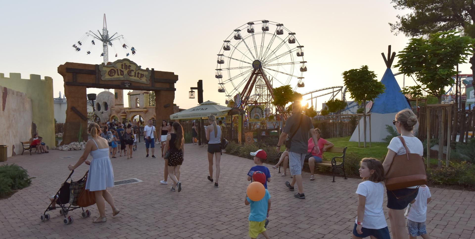 FOTO: FUN PARK MIRNOVEC Prvi tematsko-zabavni park u Republici Hrvatskoj
