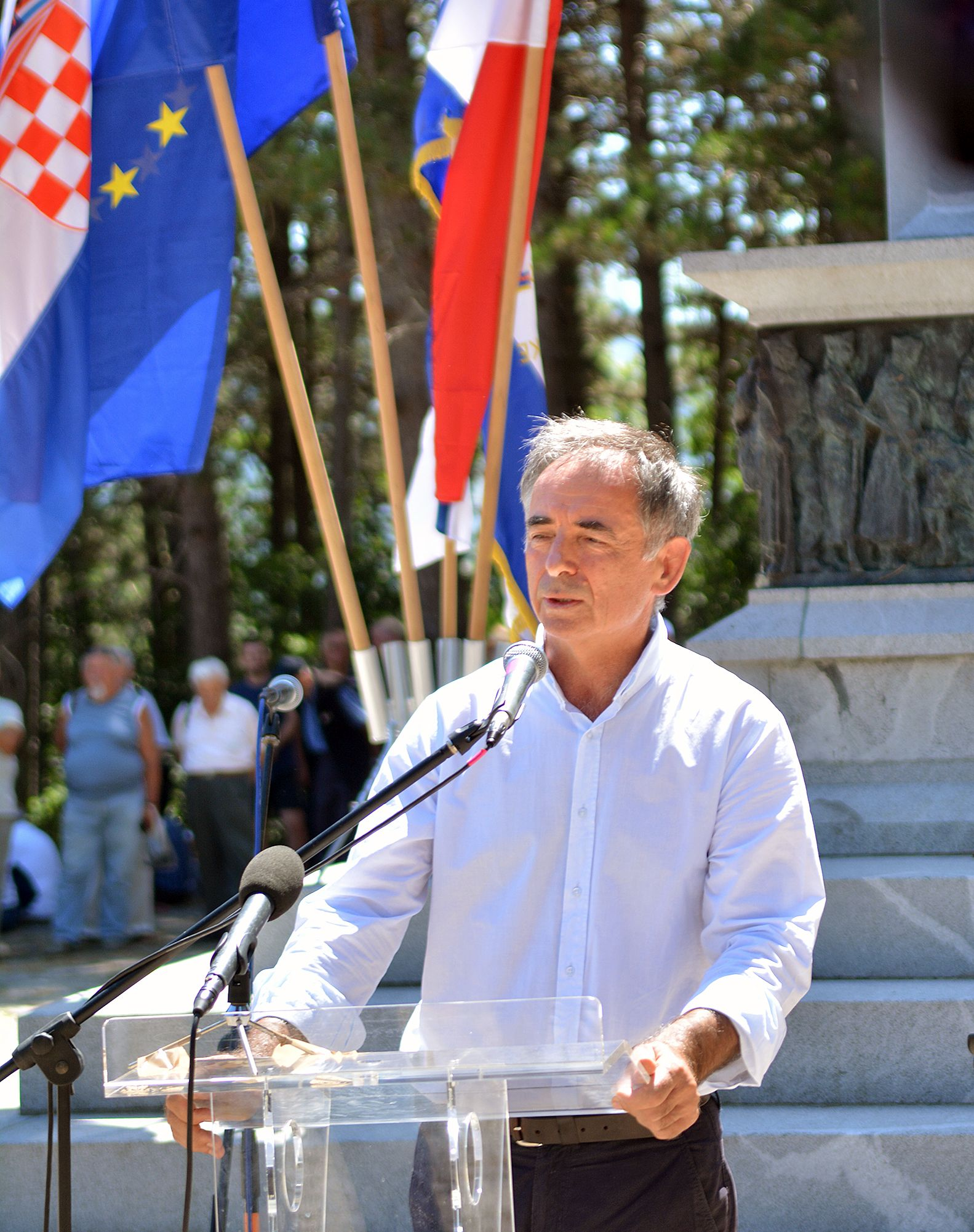 PUPOVAC: Ne izbjegavamo izraziti suosjećanje prema stradalim Hrvatima