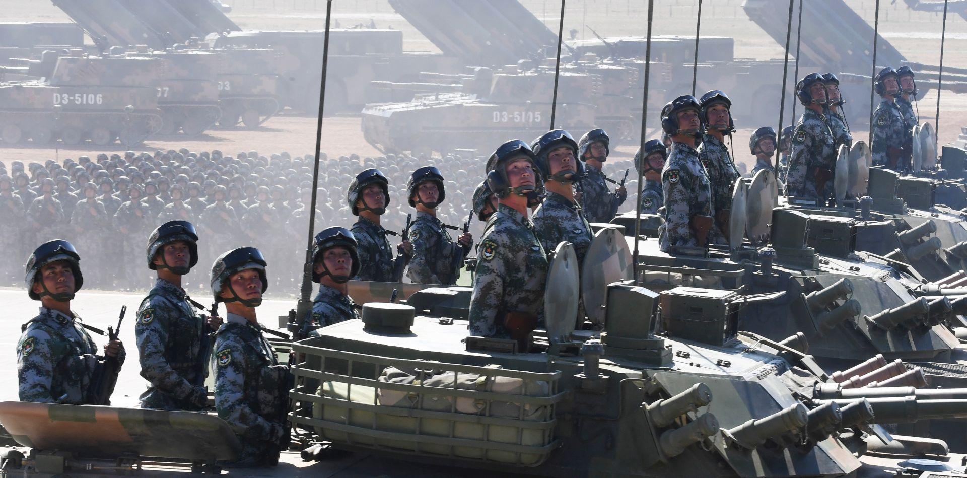 KINA Xi poziva na modernizaciju vojske i jaču borbenu spremnost
