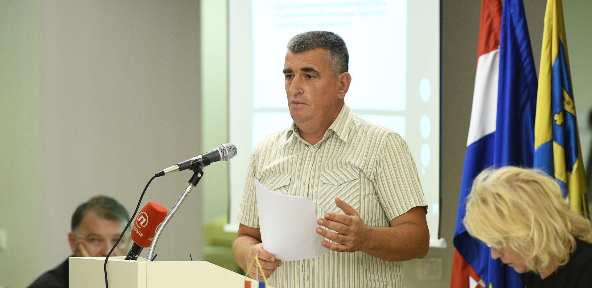 """BULJ """"Neka 'Šarafciger koalicija' skine spomenik četničkom zločincu iz Borova sela"""""""