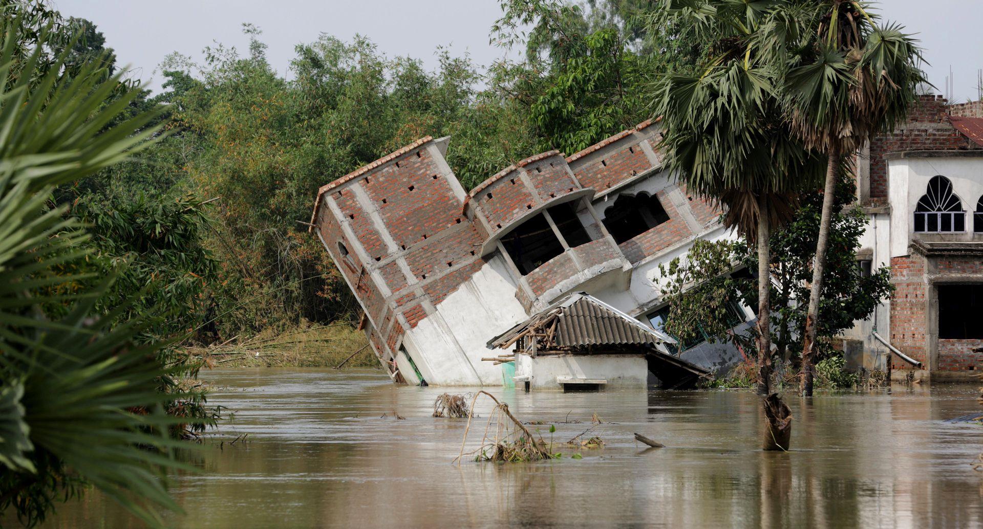 U Nepalu 47, u Indiji 8 mrtvih u poplavama i odronima