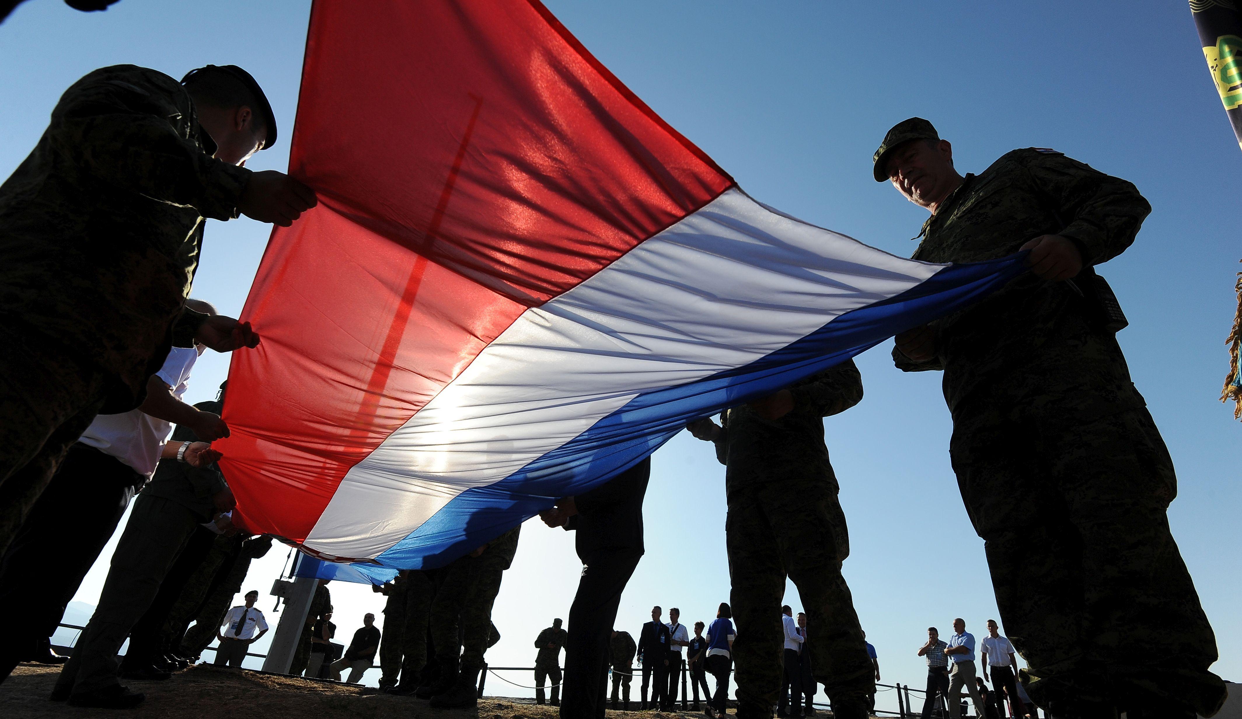 Trojica ministara sastala se s braniteljskim udrugama zbog 23. obljetnice Oluje