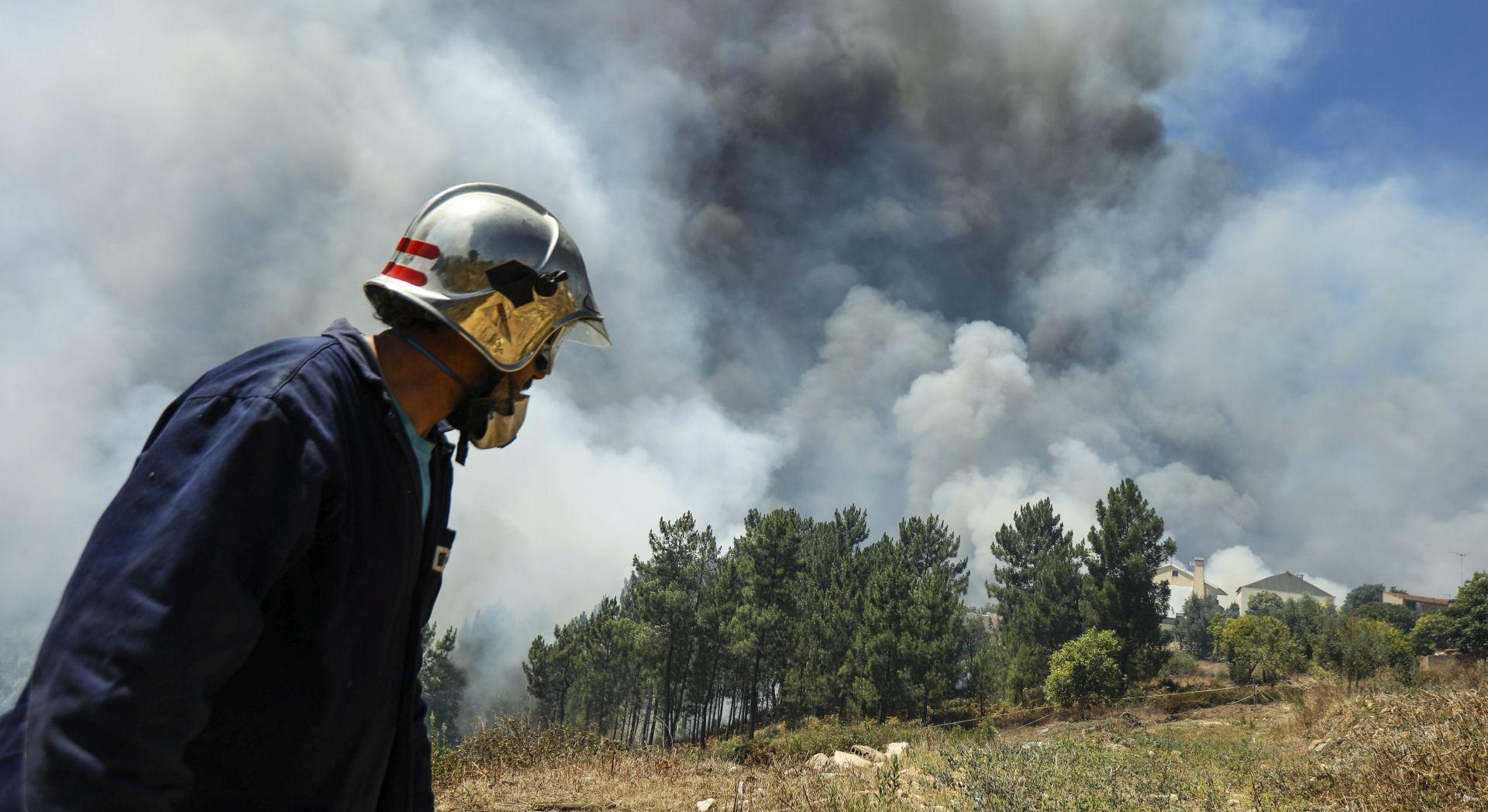 EVAKUIRANI STANOVNICI ČETIRI SELA Portugal se i dalje bori s požarima