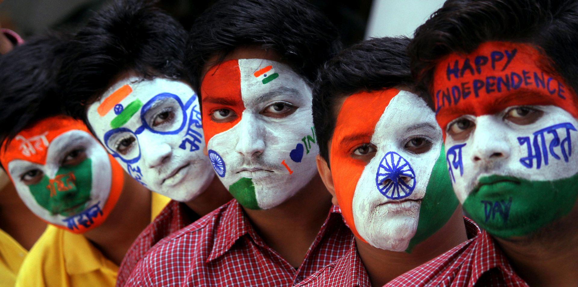 PODJELA BRITANSKE INDIJE Prije 70 godina dvije nacije rođene u traumi i kaosu