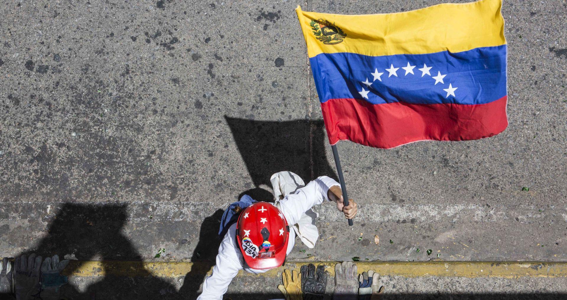 Novim sankcijama Trump zabranjuje otkup venezuelskog duga