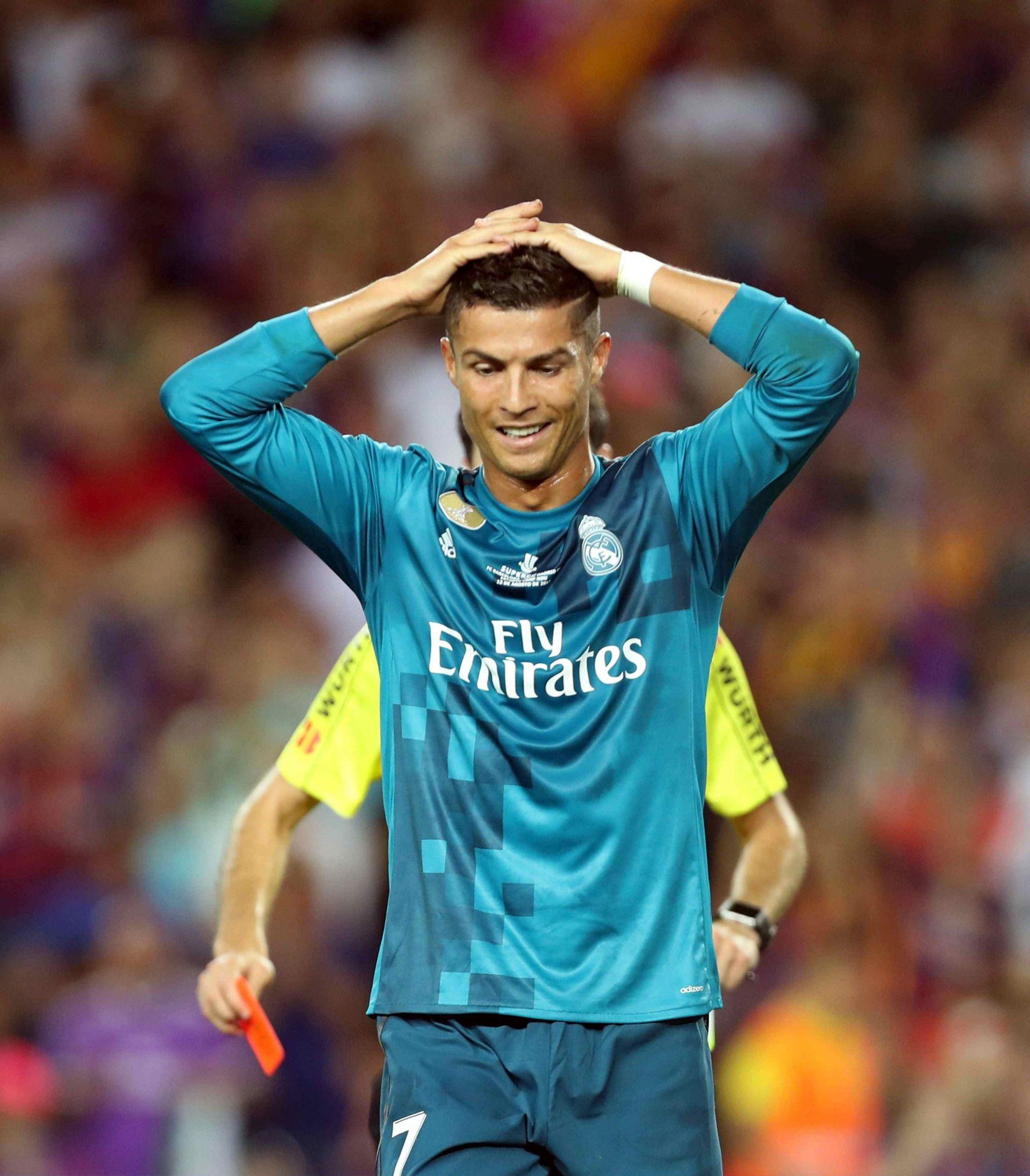 VIDEO: ODGURNUO SUCA Ronaldu prijeti suspenzija od 4 do 12 utakmica