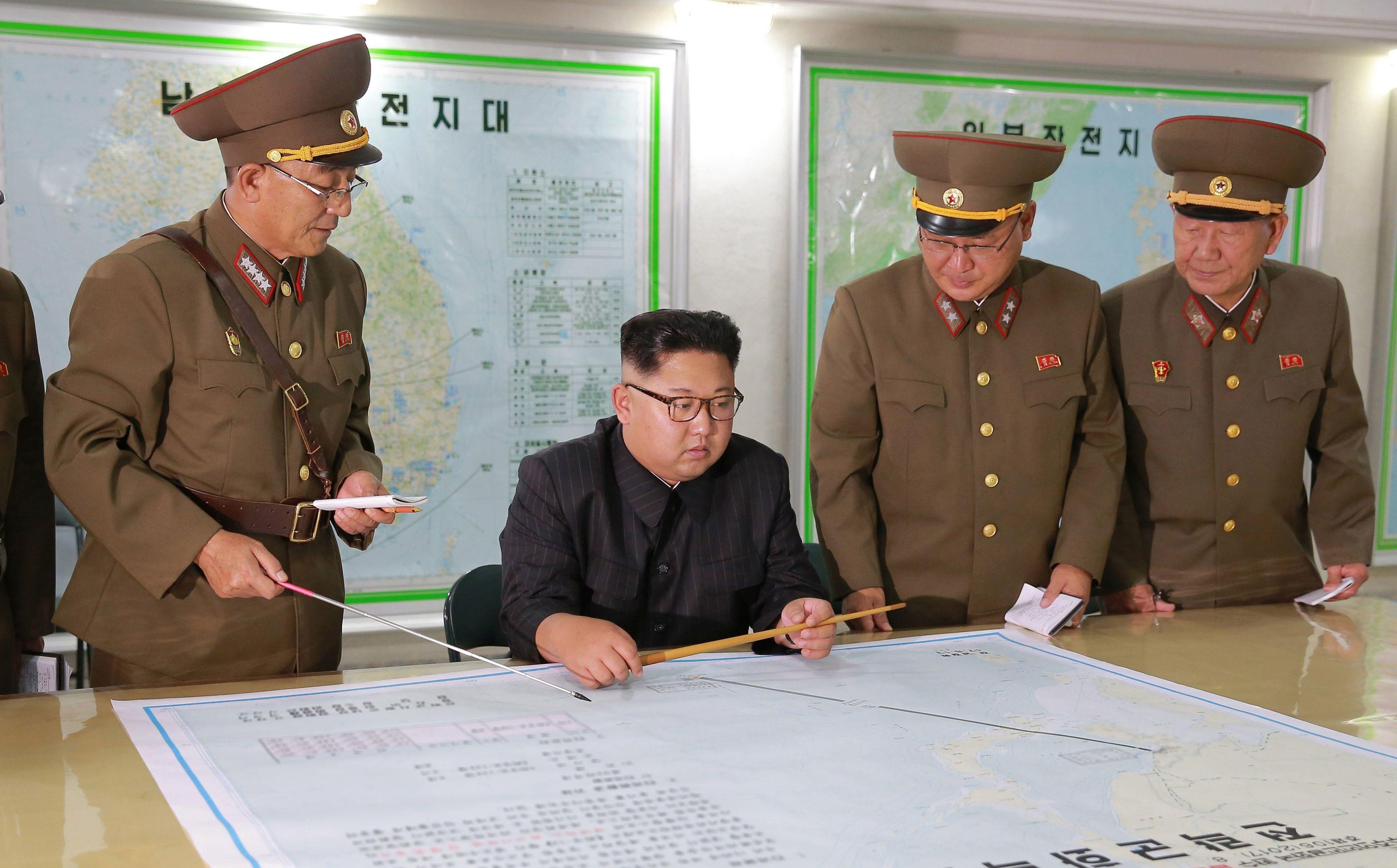 DO NEW YORKA Sjeverna Koreja objavila fotografije plana nove balističke rakete