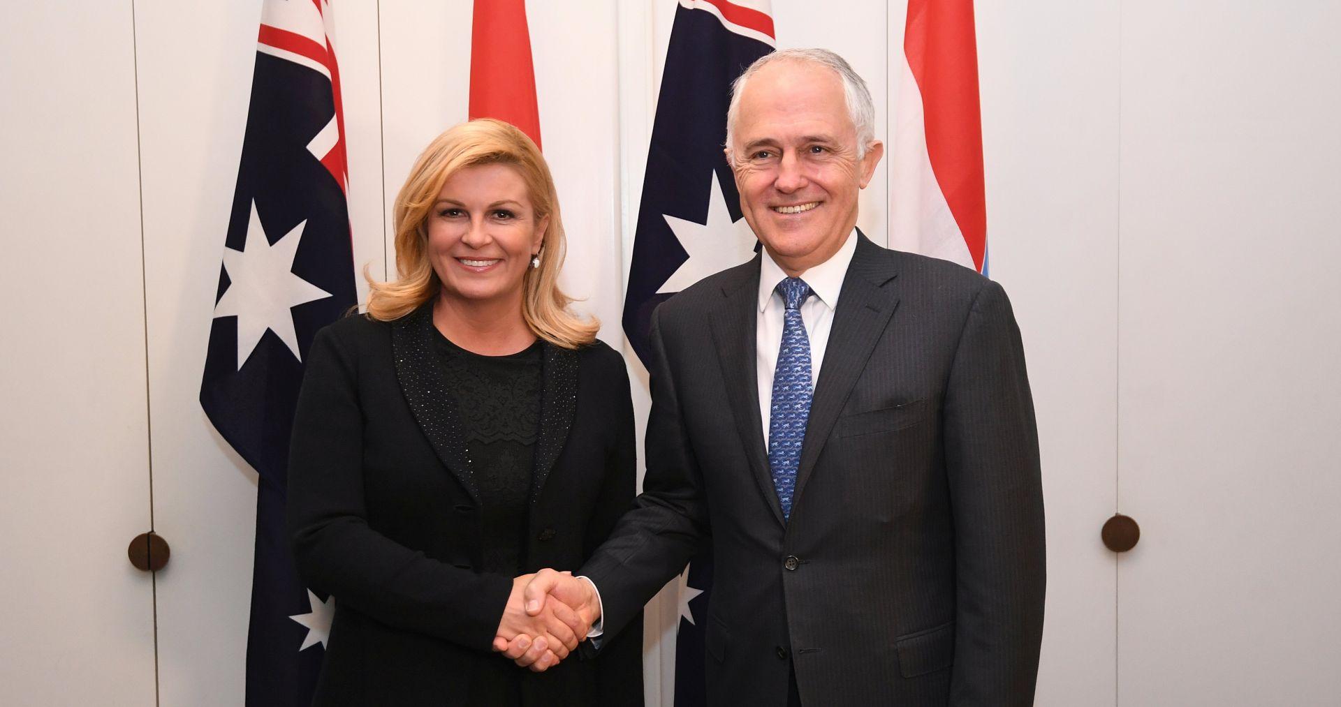 Grabar-Kitarović predala Turnbullu popis investicija, uključujući LNG na Krku