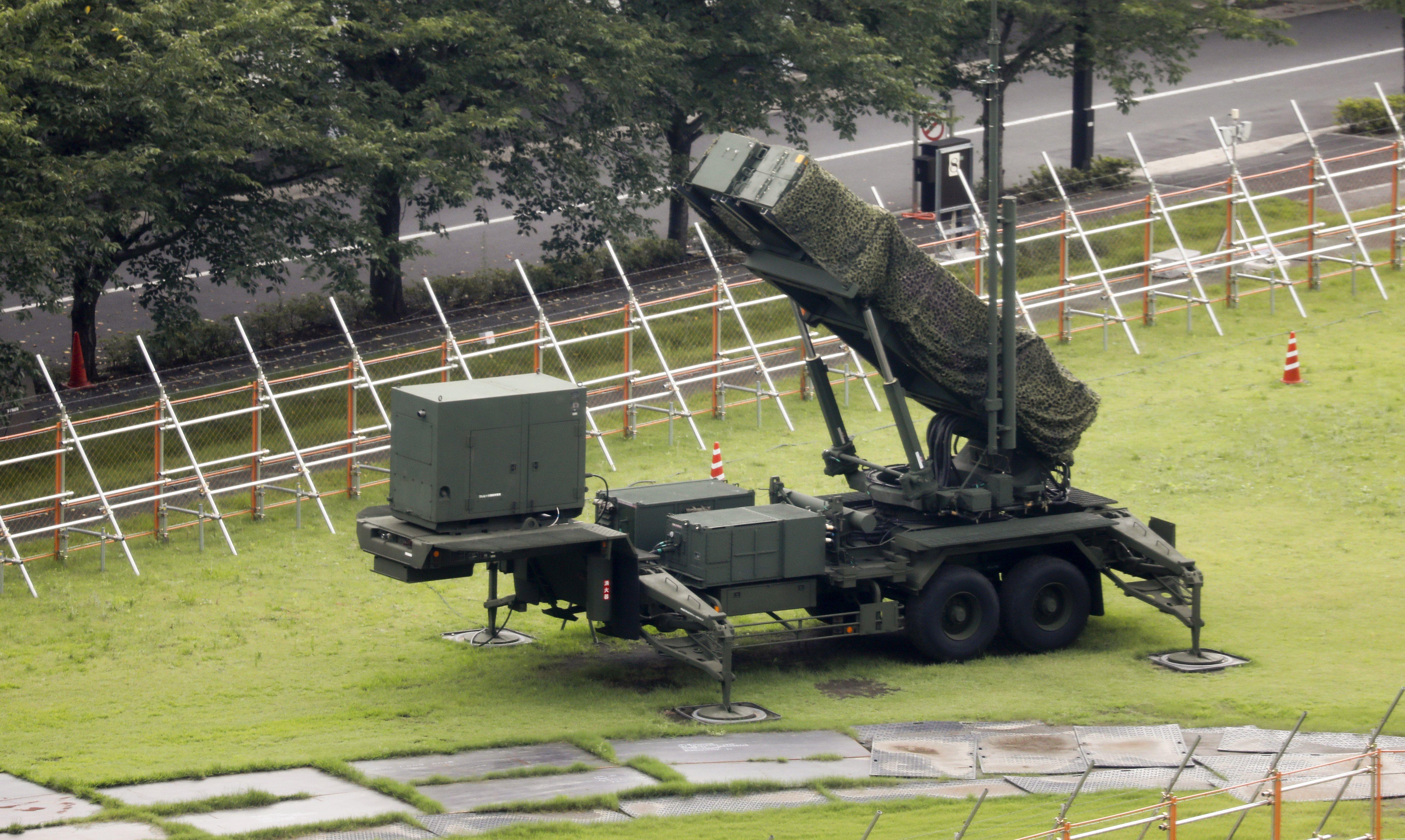 Sjeverna Koreja pokusno ispalila tri balističke rakete u Japansko more