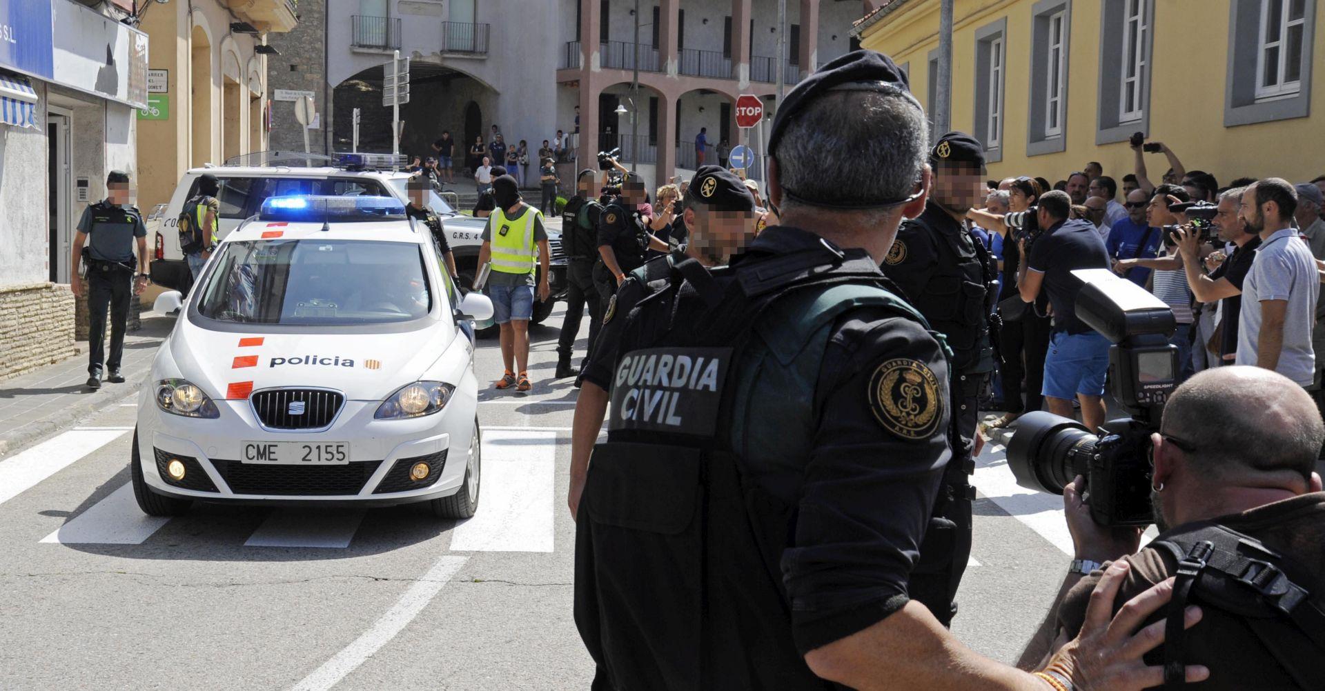OBRAT U ISTRAZI Ubijeni napadač ipak nije bio vozač kombija, policija traga za novim osumnjičenikom