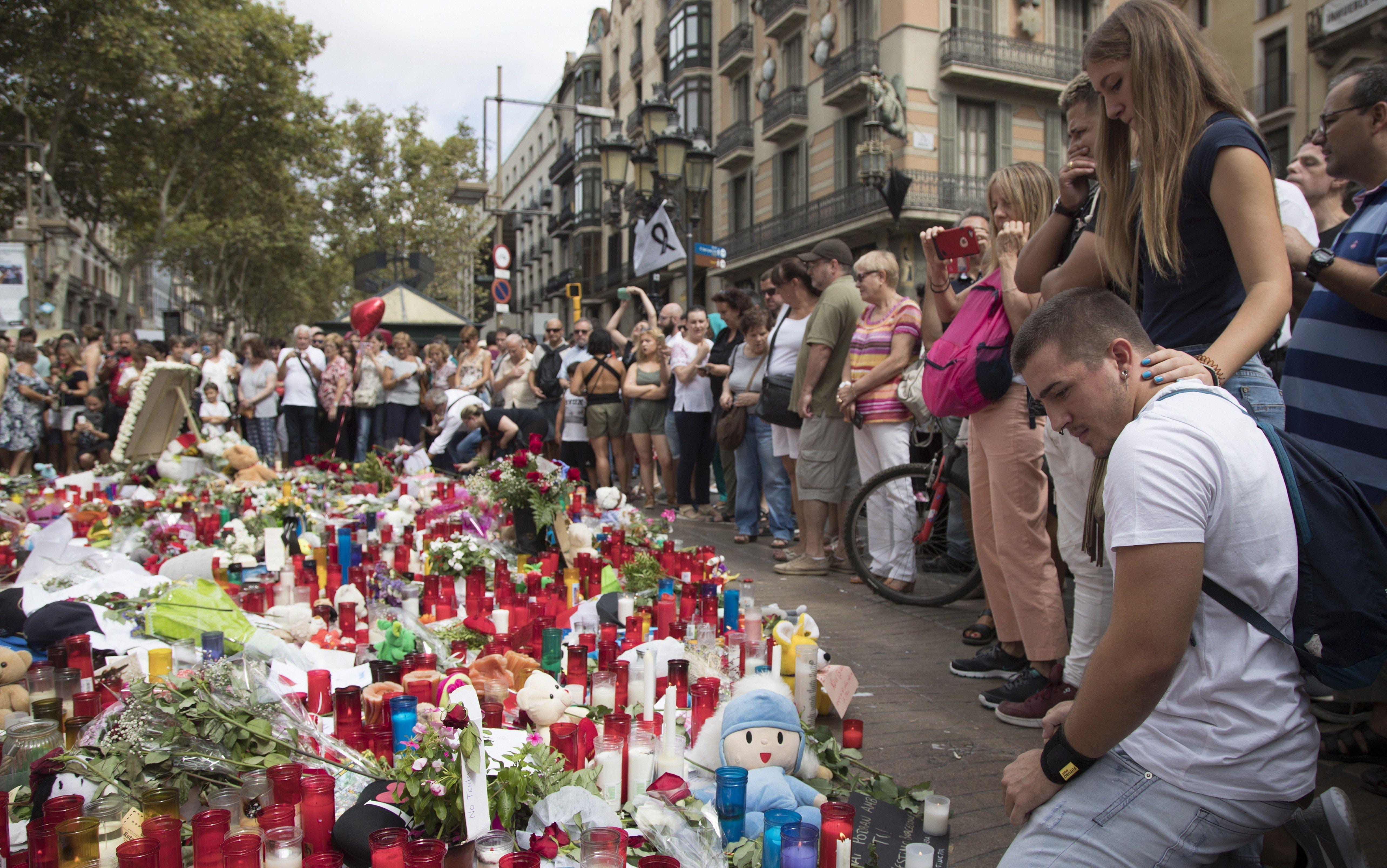 Vozač kombija u napadu u Barceloni definitivno identificiran, potraga za njim proširena na cijelu Europu