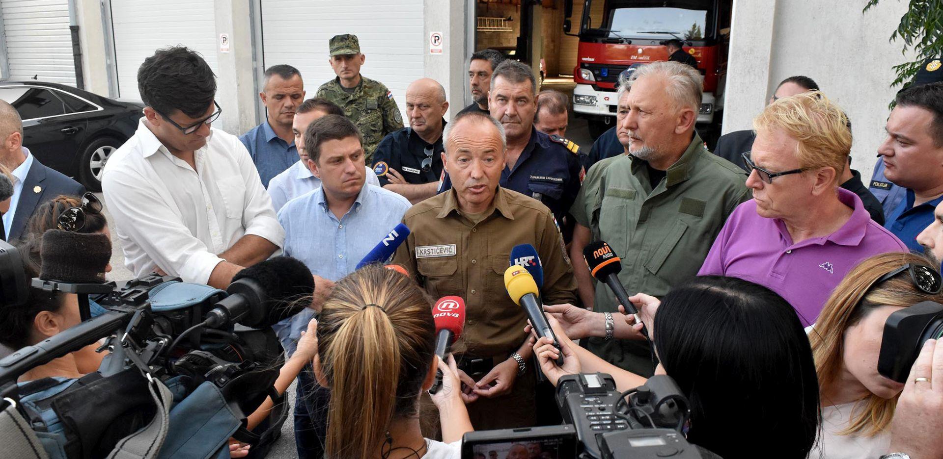 BOŽINOVIĆ 'Privedeno sedam osoba zbog požara na području Kistanja'