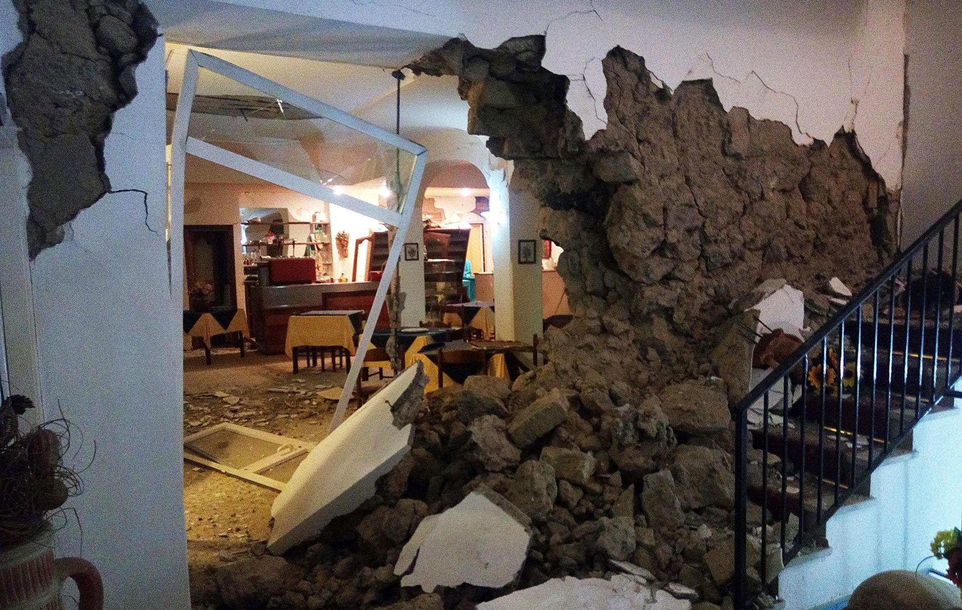 ITALIJA U potresu na otoku Ischia poginule dvije žene, 39 osoba ozlijeđeno