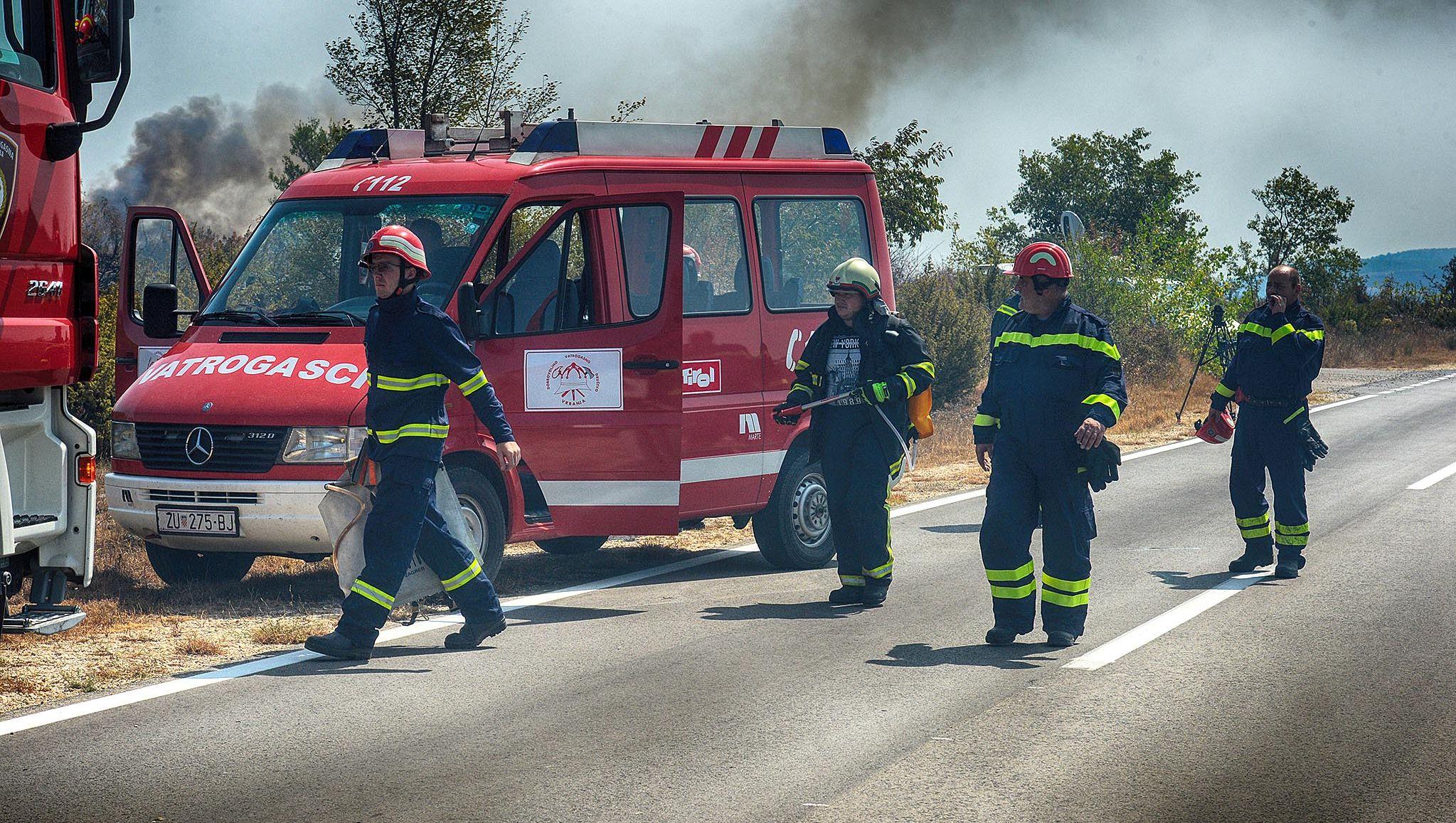 GLAZBENI FESTIVAL U Šibeniku pretučen vatrogasac na dužnosti