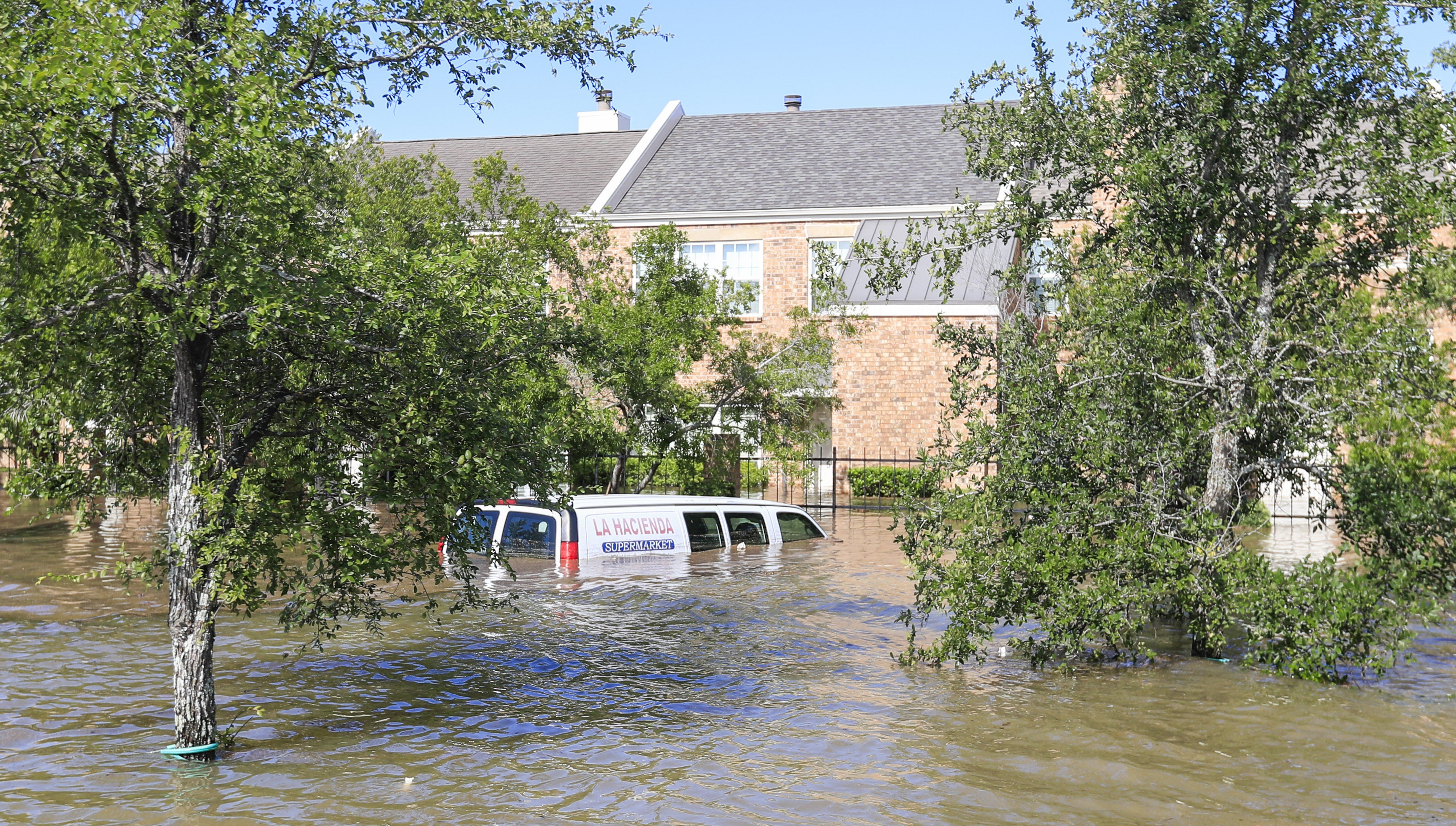 U tropskoj oluji Harvey utopilo se 6 članova jedne obitelji u Teksasu