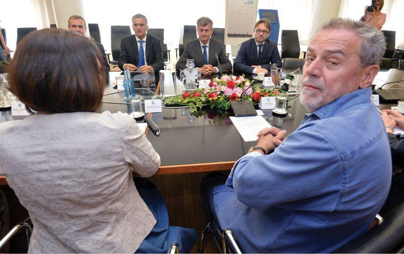 Ravnatelj Imunološkog zavoda Bojan Benko dao ostavku a Bandić i Kujundžić se prepiru