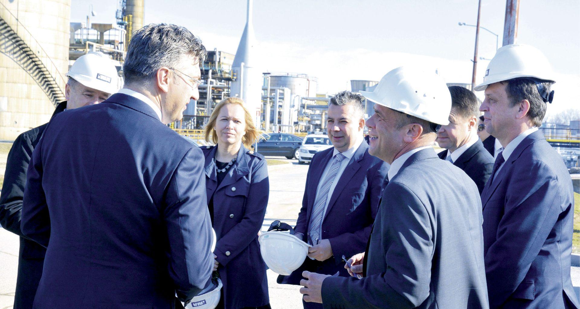 STUDIJA DELOITTA: Rafineriju Sisak treba postupno ugasiti i pretvoriti u logistički centar