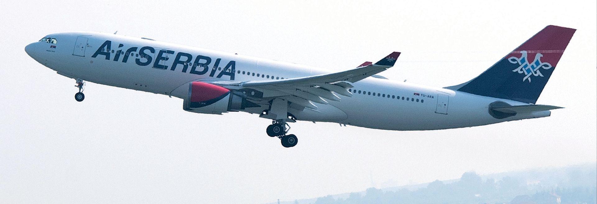 SRPSKA POSLA: Krah aviokompanije i autoindustrije, a Vučić piše kolumnu hvalospjeva o Ikei za tabloid Alo
