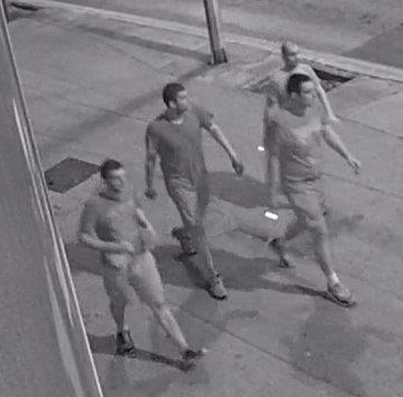 FOTO: Zadarska policija objavila snimke huligana koji su napali turiste