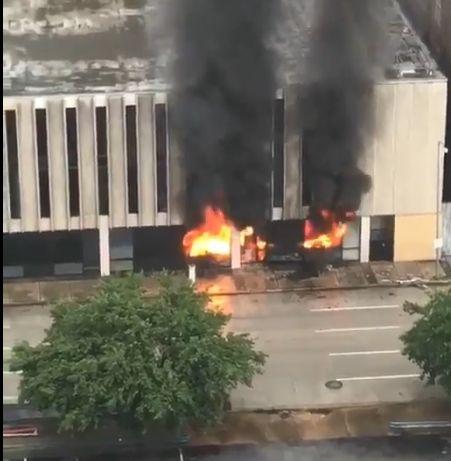 HOUSTON Eksplozija u zgradi uslijed oluje Harvey, ozlijeđen vatrogasac