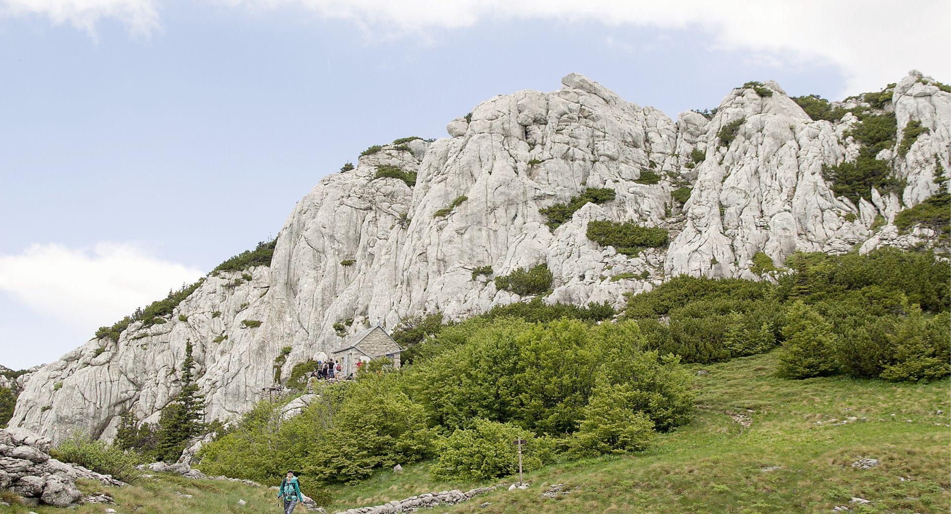 Kako višednevne rute po Velebitu jačaju potencijal i razvoj planinskog turizma