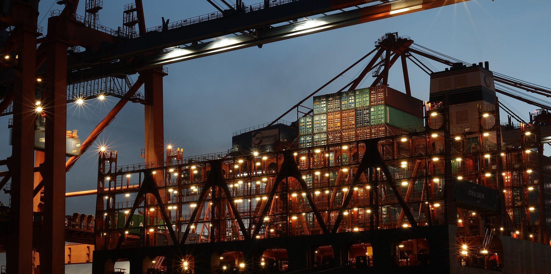 Kina će braniti svoje interese ako SAD našteti trgovinskim odnosima