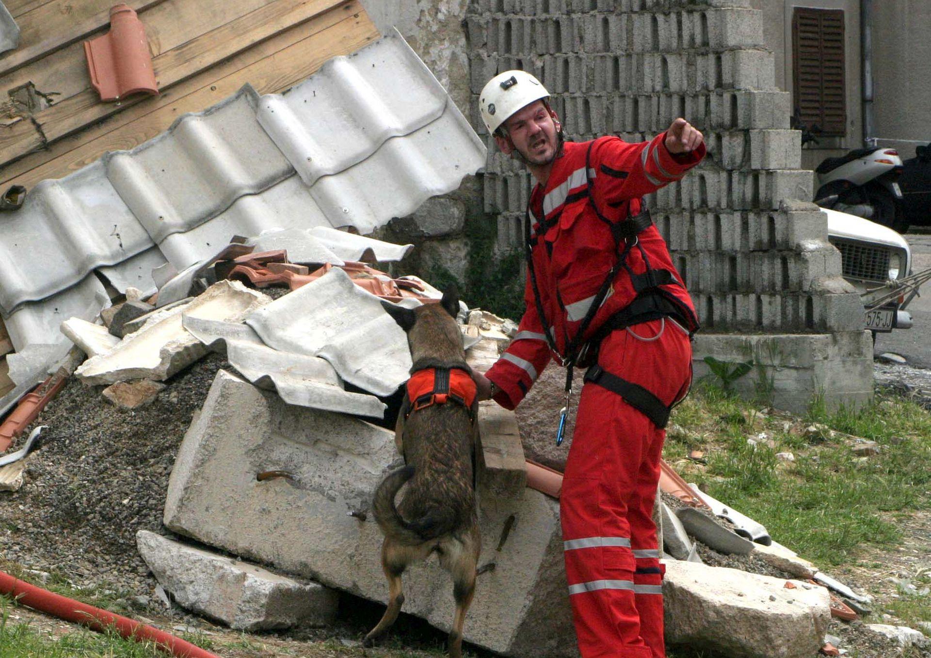 7.6 U DUBROVNIKU PRIJE 50 GODINA Seizmolozi: Potresi nisu rijetkost