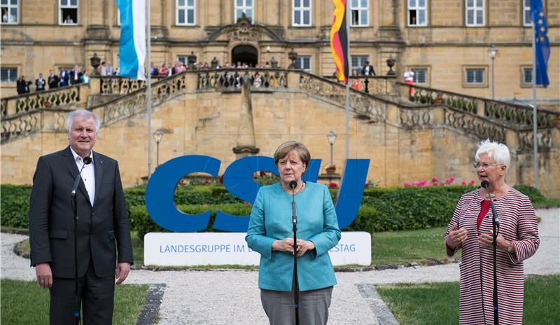 Bavarski CSU ostanak u vladi uvjetuje zadržavanjem motora na unutarnje sagorijevanje