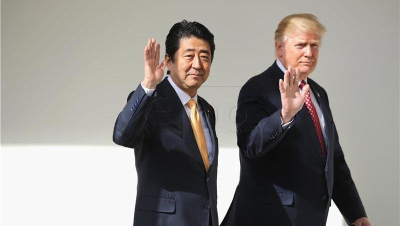 Abe i Trump dogovorili jačanje pritiska na Sjevernu Koreju
