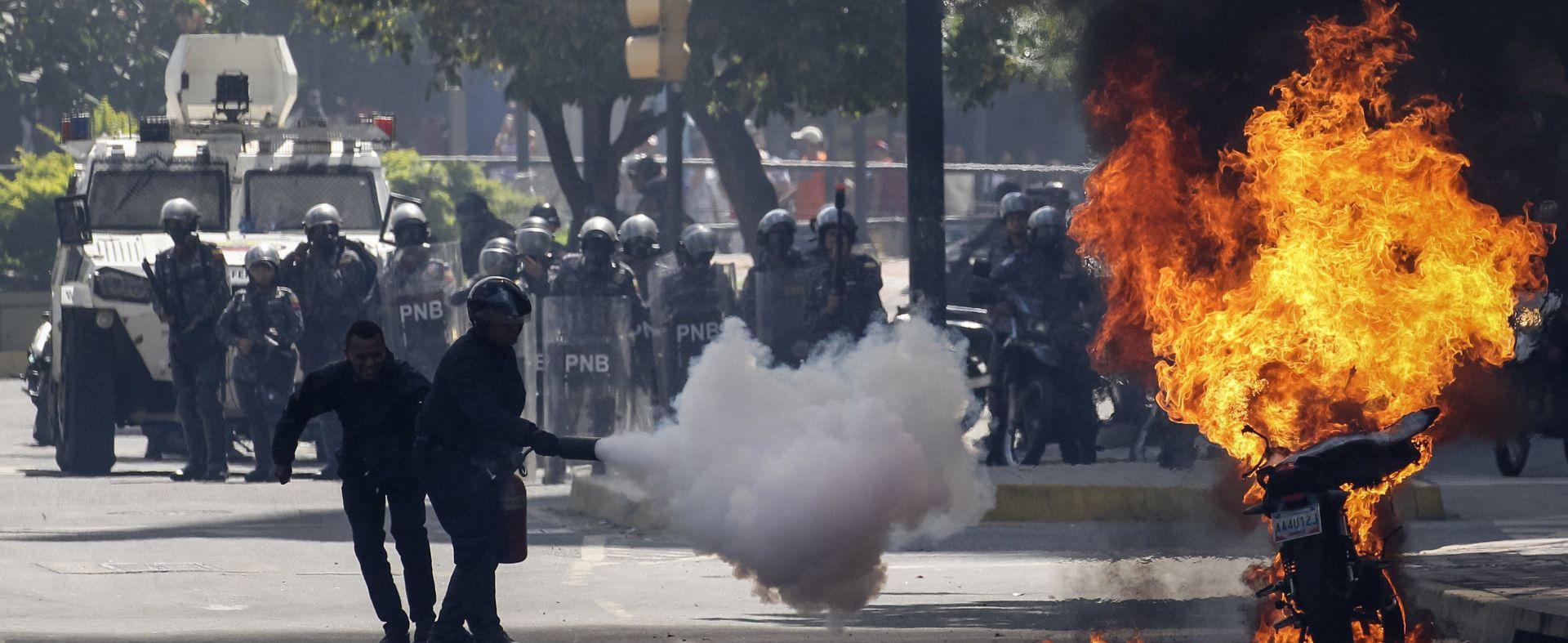 VENEZUELA Vlasti tvrde da su ugušile vojnu pobunu