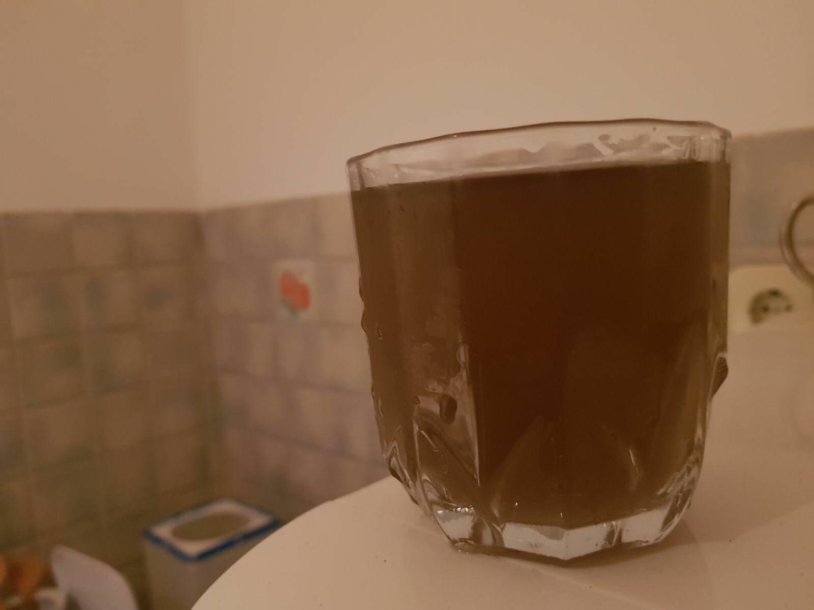 CISTERNE NA TERENU Kiša isprala zemlju, u okolici Splita voda potpuno crna