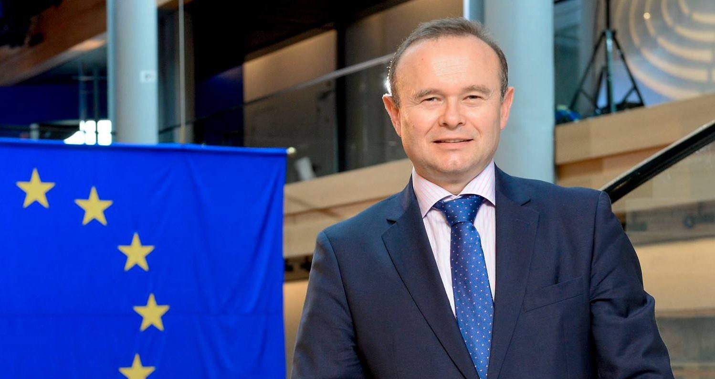 ŠKRLEC 'Treba ukinuti obaveznu ugradnju razdjelnika, povećavaju siromaštvo građana'