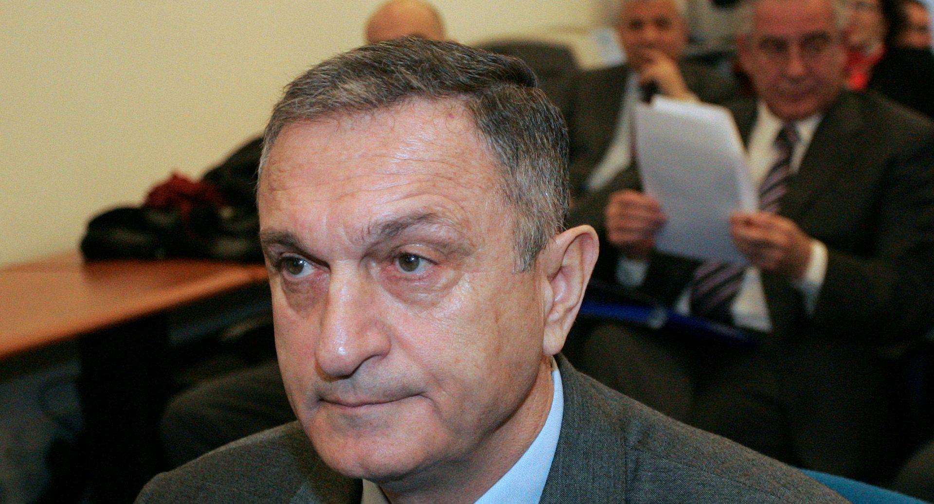 Ježić ne želi razgovarati o pet milijuna eura koje je obećao uplatiti državi